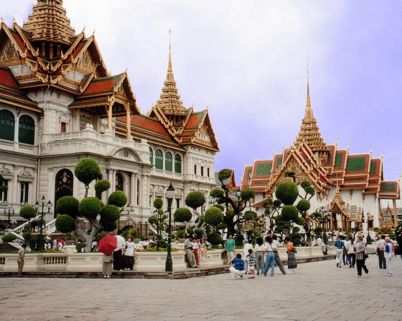 http://www.travelkris.com/wall/Thailand1280.jpg